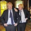 Boris Johnson se encuentra con su copia de cera en Madame Tussauds