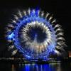 El London Eye en la víspera de Año Nuevo, con la gran exhibición de fuegos artificiales